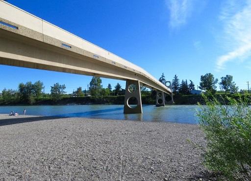 Bridge across the Bow River at Edworthy Park